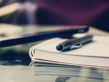Een notaris testament openen